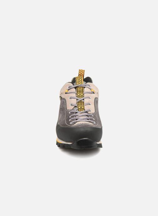 Chaussures de sport Garmont Dragontail MNT GTX Beige vue portées chaussures