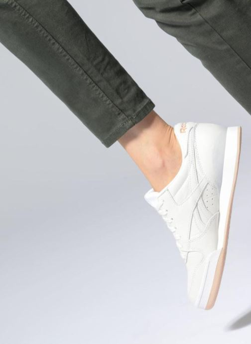 Trainers Reebok Phase 1 Pro W White view from underneath / model view