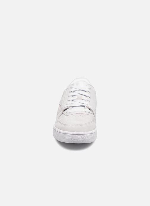 Sneakers Reebok Phase 1 Pro W Grigio modello indossato