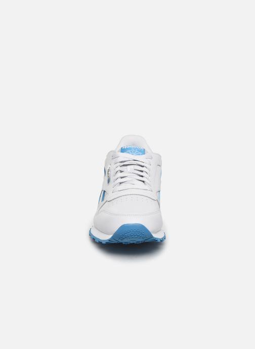Sneakers Reebok Classic Leather MU Bianco modello indossato