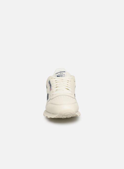 Sneaker Reebok Classic Leather MU weiß schuhe getragen