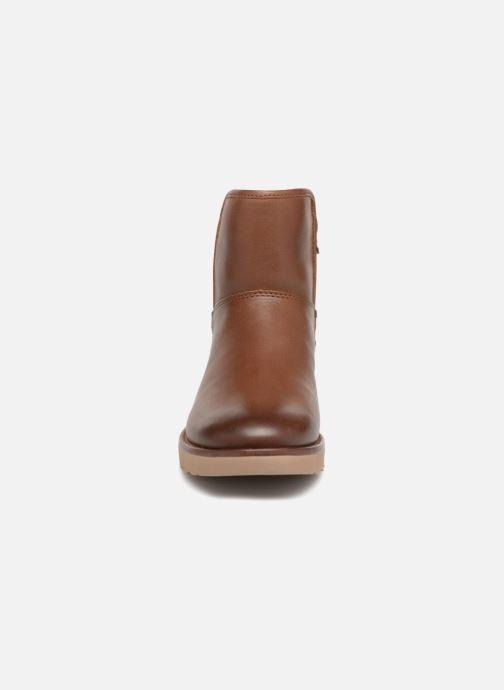 Bottines et boots UGG W Abree Mini Leather Marron vue portées chaussures