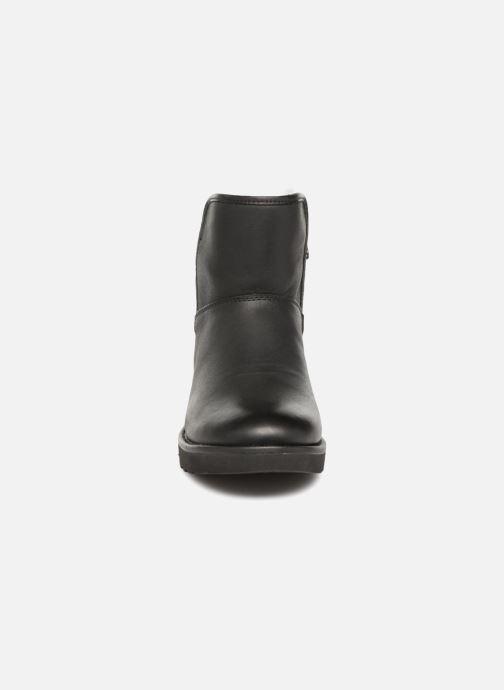 Botines  UGG W Abree Mini Leather Negro vista del modelo