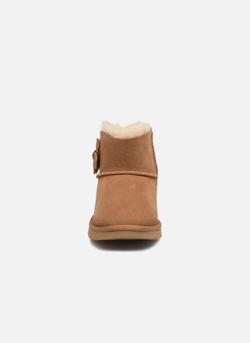 Bottes UGG Mini Bailey Button Poppy Marron vue portées chaussures