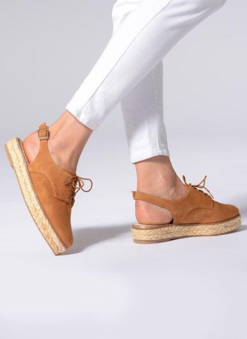 Chaussures à lacets Mellow Yellow DAKAILLE Marron vue bas / vue portée sac