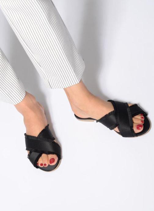 Mules et sabots Pieces Muse sandal Noir vue bas / vue portée sac