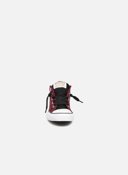 Sneakers Converse Chuck Taylor All Star Street Fall Uniform Mid Vinröd bild av skorna på
