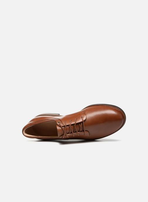 Veterschoenen Clarks Frida Derby Bruin links