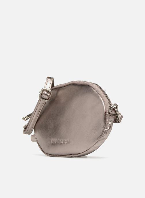 Sacs pochettes Shine Blossom Gladys Argent vue portées chaussures