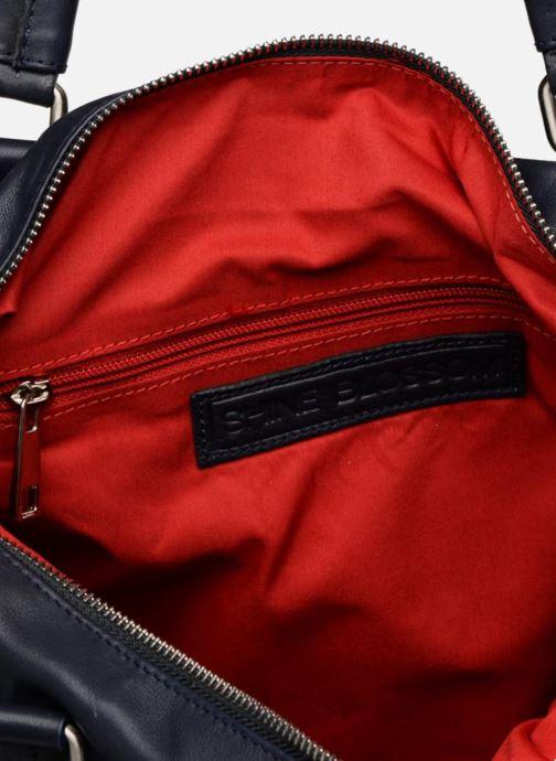 bca269e3ae1c Shine Blossom Liam (Blue) - Handbags chez Sarenza (344117)