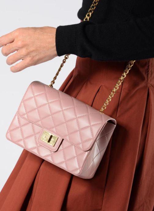 Handtaschen Designinverso Milano orange ansicht von unten / tasche getragen