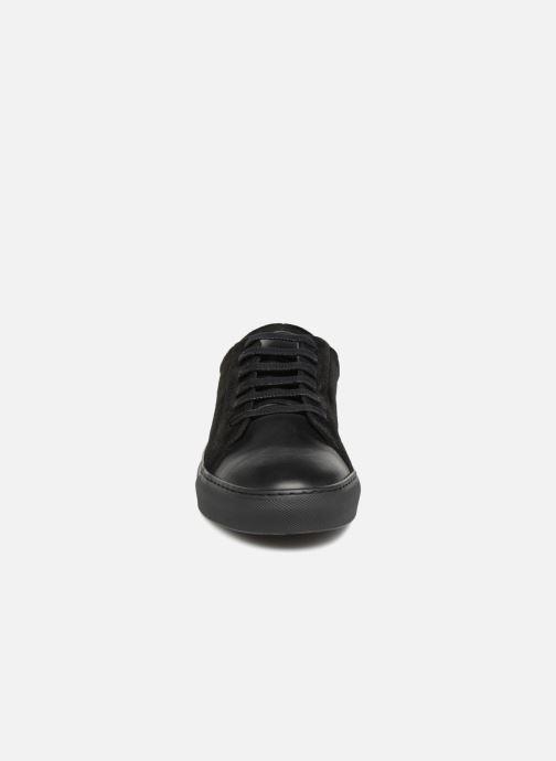 Baskets Hutch H14 Noir vue portées chaussures