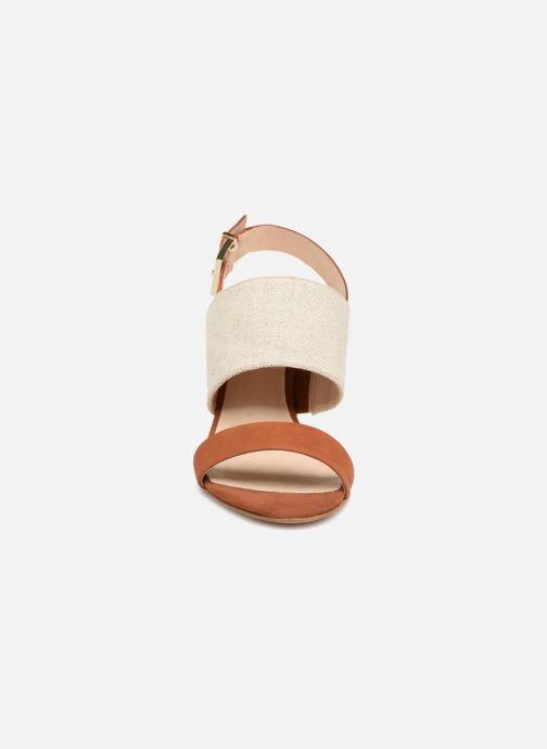 Sandales et nu-pieds COSMOPARIS Jidea Marron vue portées chaussures