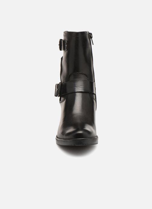 Bottines et boots Tamaris Kassie Noir vue portées chaussures