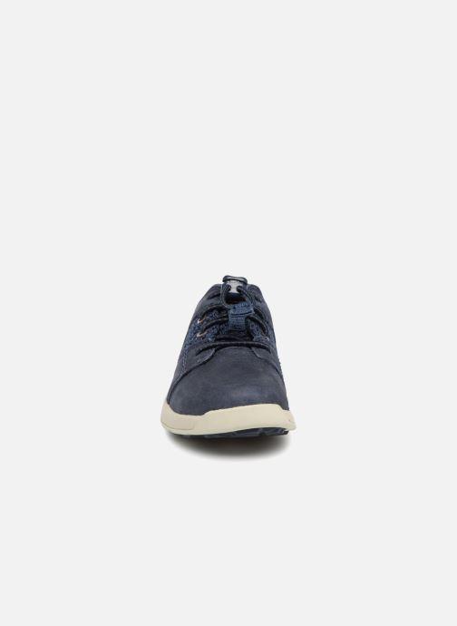Sneakers Timberland FlyRoam F/L Azzurro modello indossato