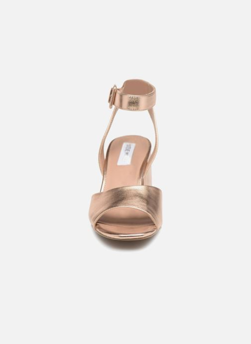 Sandales et nu-pieds Steve Madden Debbie Sandal Rose vue portées chaussures