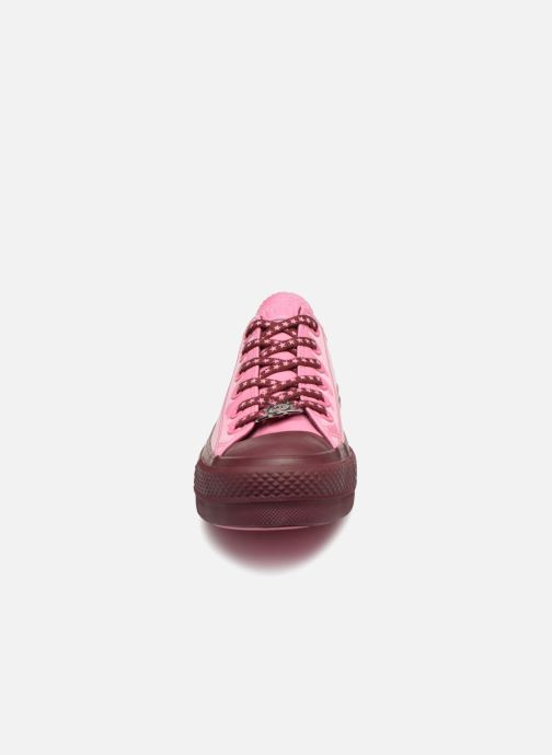 Trainers Converse Chuck Taylor All Star Lift Ox Miley Cyrus Pink model view