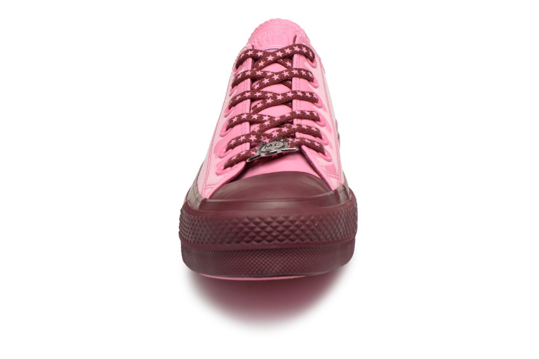 Sneakers Converse Chuck Taylor All Star Lift Ox Miley Cyrus Rosa modello indossato