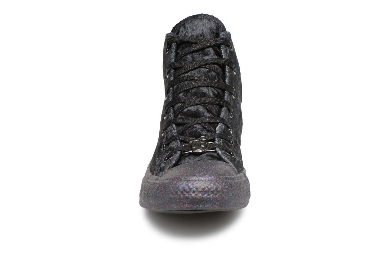 Sneakers Converse Chuck Taylor All Star Hi Miley Cyrus Nero modello indossato
