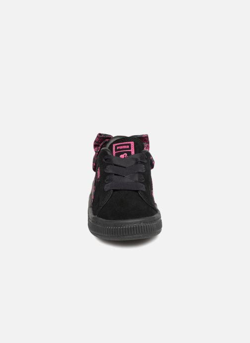 Sneakers Puma SUEDE x Barbie Inf Nero modello indossato