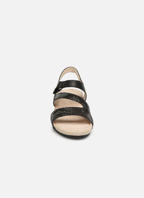 Sandali e scarpe aperte TBS Masayah Nero modello indossato