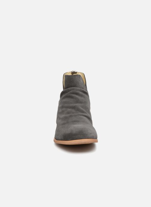 Ankle boots Shoe the bear Soho Grey model view