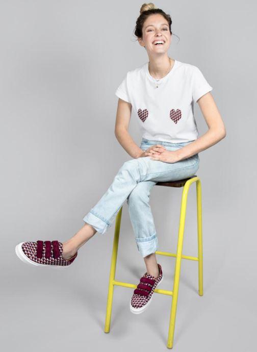 Vêtements Made by SARENZA T-Shirt Garance Made By Sarenza x Elise Chalmin Blanc vue portées chaussures