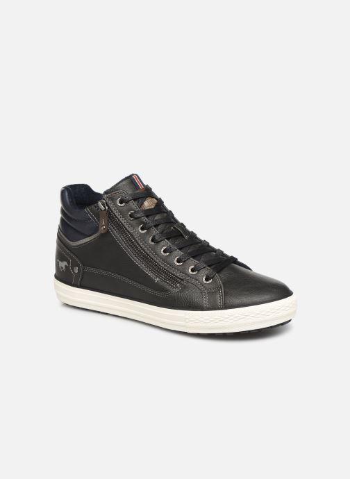 Baskets Mustang shoes Garett Noir vue détail/paire