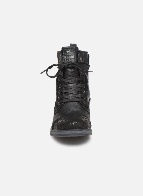 Bottines et boots Mustang shoes Lola Noir vue portées chaussures