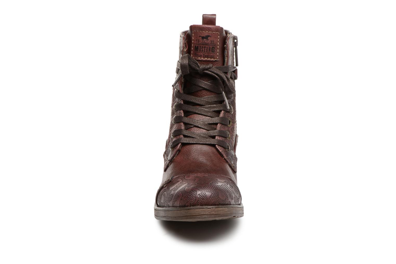 Bottines et boots Mustang shoes Lola Bordeaux vue portées chaussures