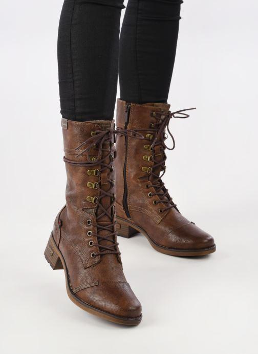 Bottes Mustang shoes Jena Marron vue bas / vue portée sac