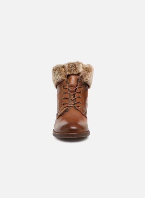 Bottines et boots Mustang shoes Sofie Marron vue portées chaussures