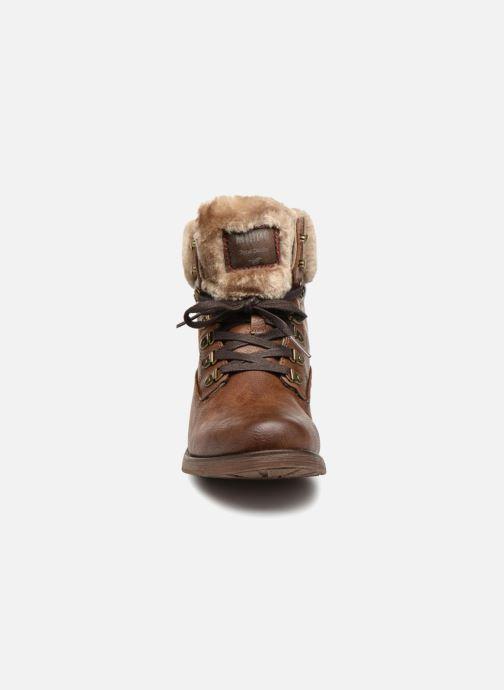 Bottines et boots Mustang shoes Bianca Marron vue portées chaussures