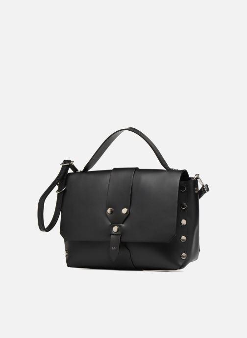 Sacs à main L37 Wow bag Noir vue portées chaussures
