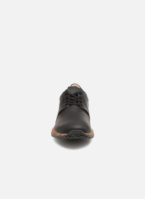 Sneakers Birkenstock Wrigley Nero modello indossato