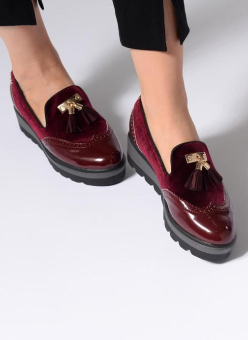 Loafers Xti 47255 Burgundy view from underneath / model view
