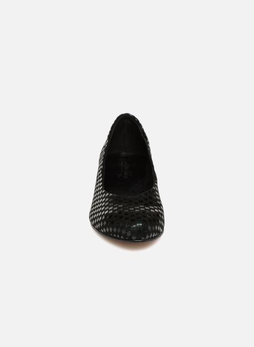 Zapatos de tacón Ippon Vintage Babe-kub Verde vista del modelo