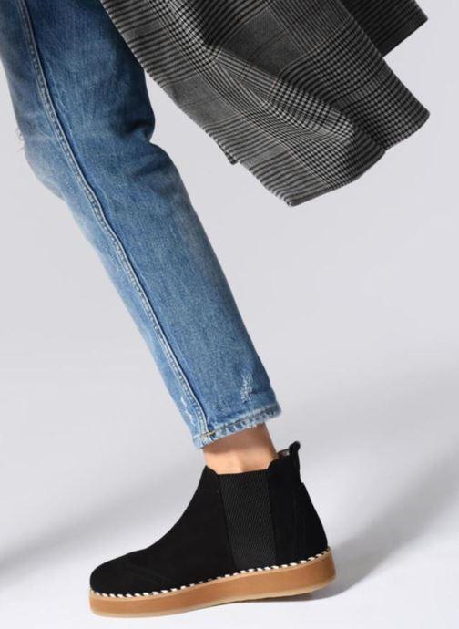 Bottines et boots Ippon Vintage Hunter-rustik Noir vue bas / vue portée sac