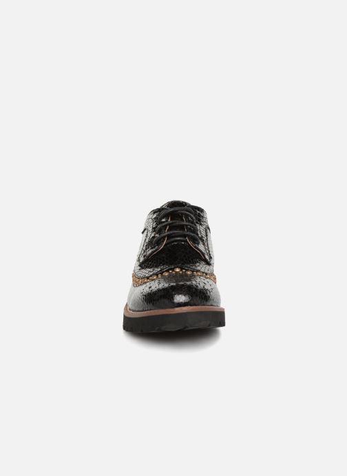Zapatos con cordones Vanessa Wu ERGO Negro vista del modelo