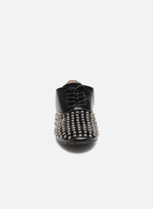 Schnürschuhe Vanessa Wu LEDD schwarz schuhe getragen