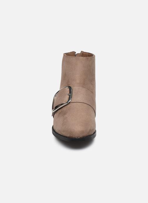 Bottines et boots Vanessa Wu TRIFFE Marron vue portées chaussures