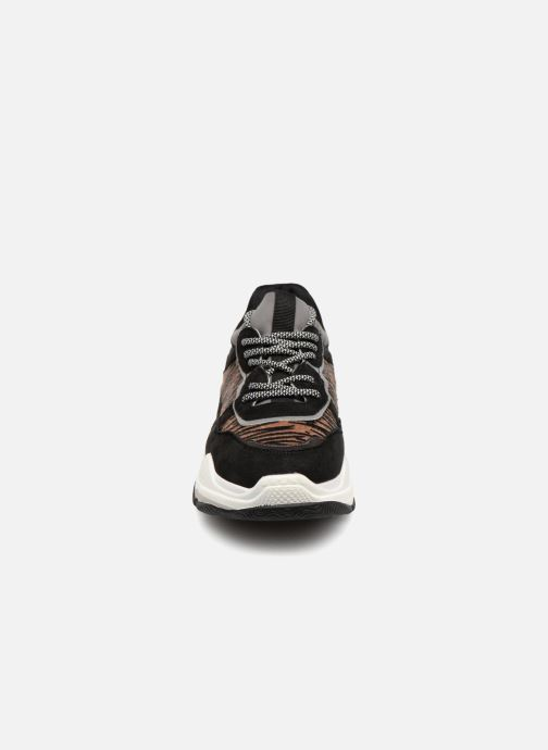 Baskets Vanessa Wu RILLY Marron vue portées chaussures