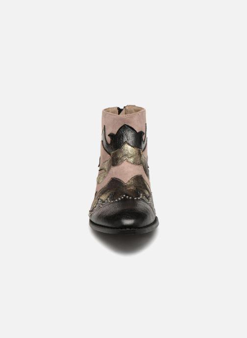 Bottines et boots Vanessa Wu SIONNY Noir vue portées chaussures