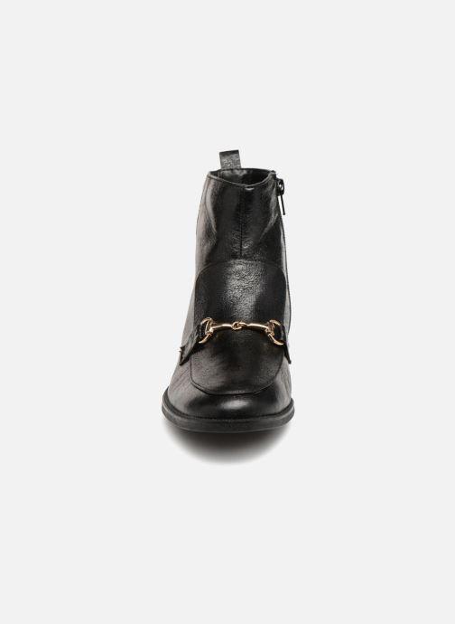 Bottines et boots Vanessa Wu PYLLI Noir vue portées chaussures