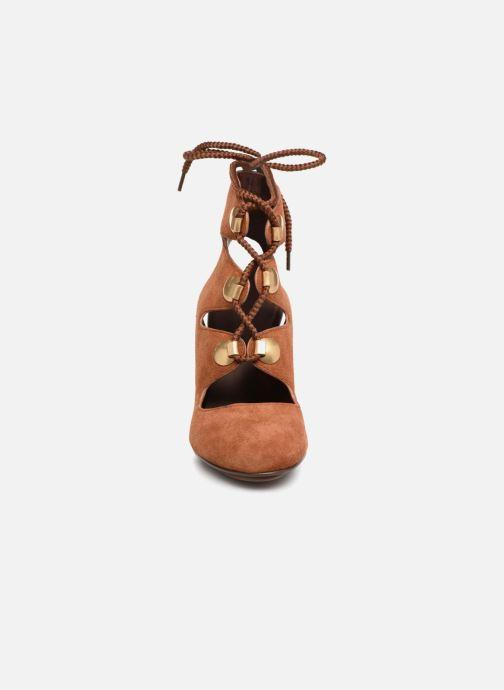Sandali e scarpe aperte See by Chloé Edna 10 Marrone modello indossato