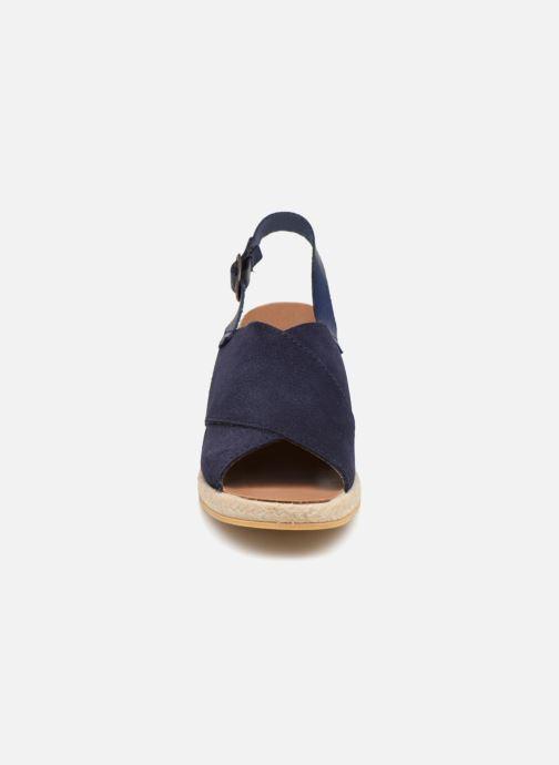 Sandales et nu-pieds Monoprix Femme Sandales compensées Bleu vue portées chaussures