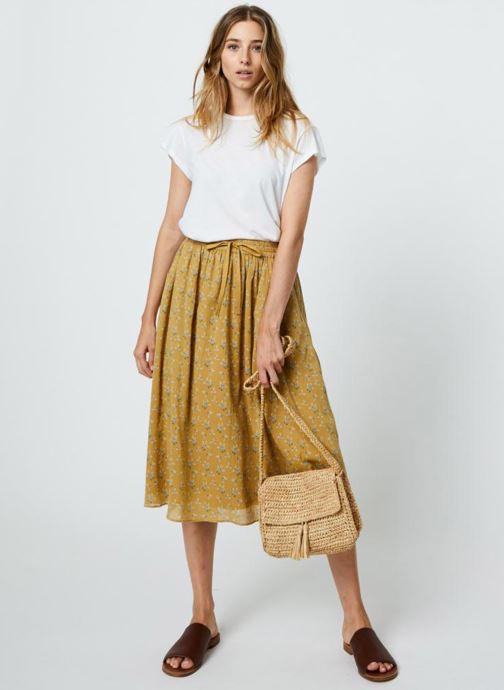 Bolsos de mano Monoprix Femme Sac porté épaule pompon Amarillo vista de abajo