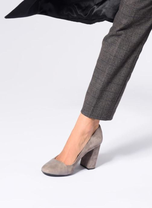 High heels Geox D Audalies H.C D723XC Grey view from underneath / model view