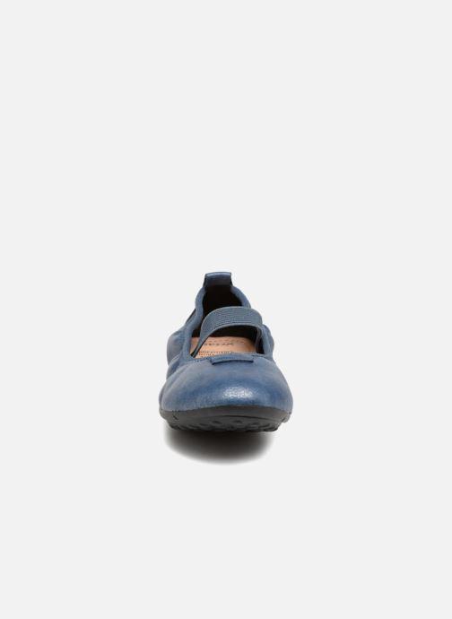 Ballerines Geox J Piuma BAL G J44B0G Bleu vue portées chaussures