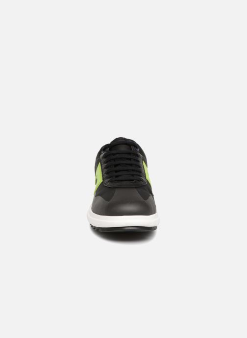 Sneakers Camper Marges Sport K300095 Nero modello indossato